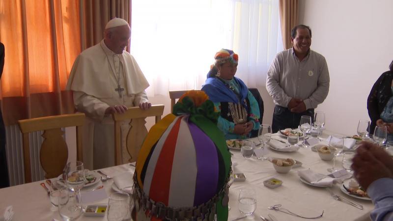 ĐGH Phanxicô dùng bữa trưa với người bản xứ Mapuche ở Chile